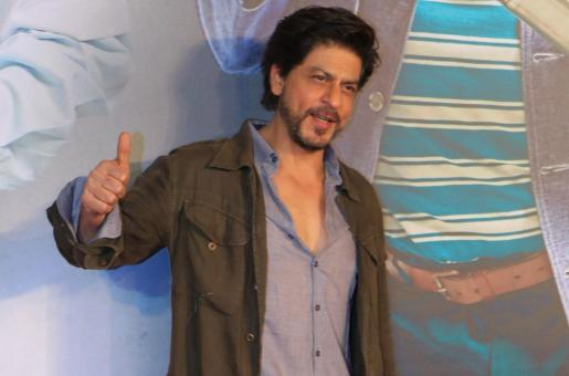 Shah Rukh Khan Steals The Limelight at A Film Screening