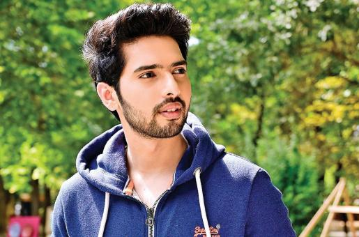 Armaan Malik 'Cannot Take It Anymore', Fans Are Worried