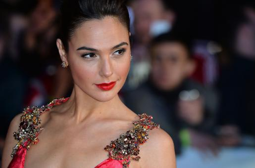 Gal Gadot Brings Together Her Hollywood Friends For This Heart-melting Rendition of 'Imagine'