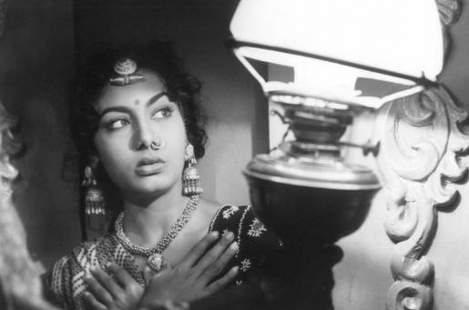 A Tribute to Nimmi, Veteran Actress Who Passed away at 88