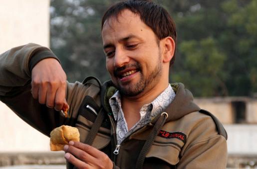 "Deepak Dobriyal on his Hindi Medium Co-star Irrfan Khan:  ""I'm Pretending Irrfan Bhai Is Still With Us"""