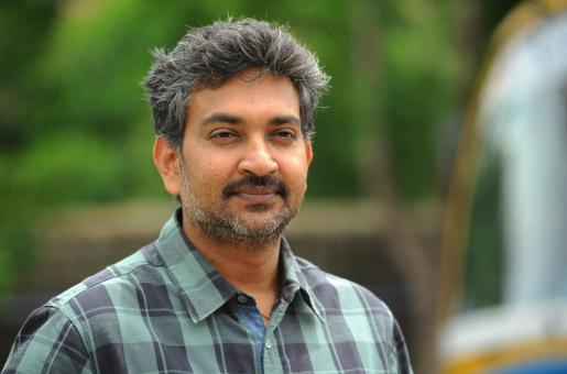 SS Rajamouli: ' Alia Bhatt can be Innocent, Vulnerable Yet Extremely Resilient'