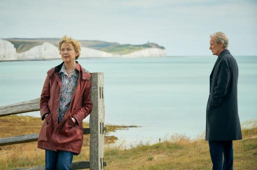 Hope Gap Review: A Beautiful Saga on Marriage That Deserves All the Applause