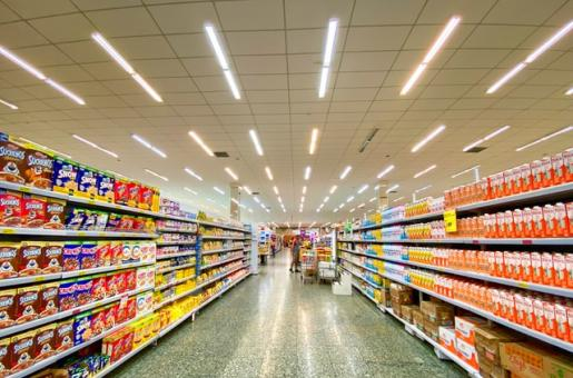 How to stay safe while food shopping