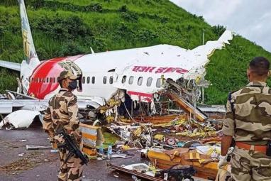 Bollywood mourns the victims of Kerala plane crash