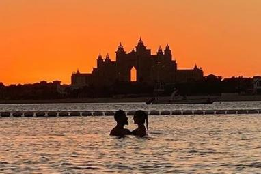 Virat Kohli shares super romantic photo of him and Anushka Sharma enjoying the sunset and sea in Dubai
