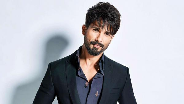 Shahid Kapoor Takes Precautions During the Health Scare