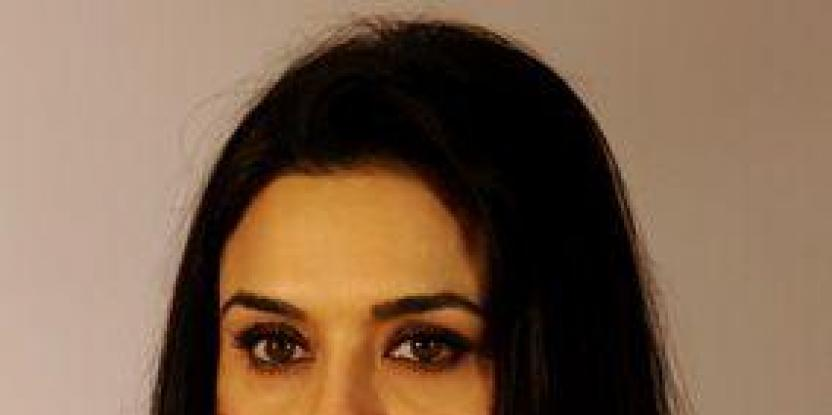 Preity gets stuck in toilet at Delhi airport