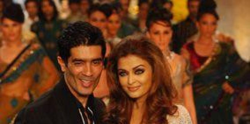 Manish Malhotra @ HDIL Couture Week