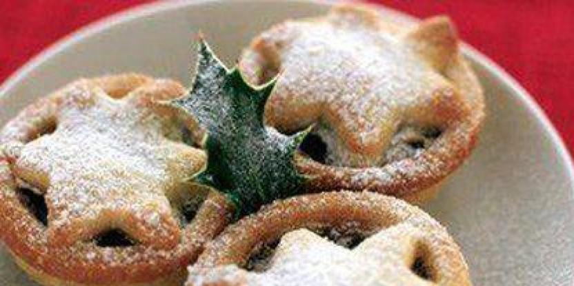 Mince Pies with Custard