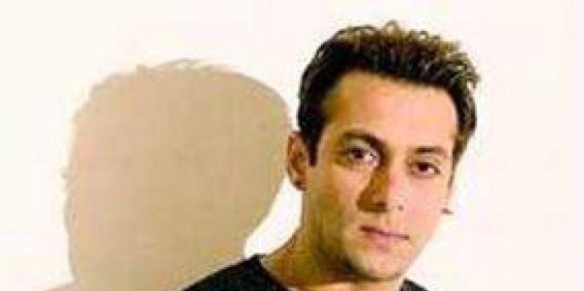 Salman Khan's Girlfriend Lulia Vantur Already Wed!