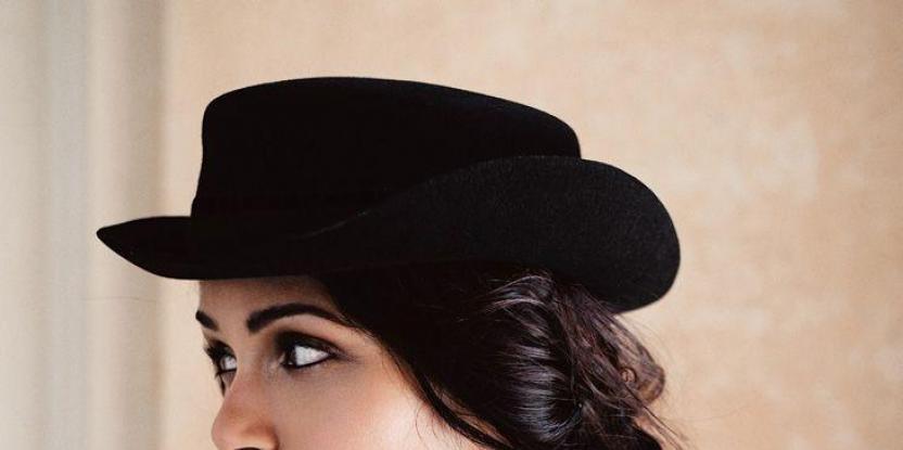 "Freida Pinto in Dubai: ""I Wasn't Born with a Silver Spoon in My Mouth"""