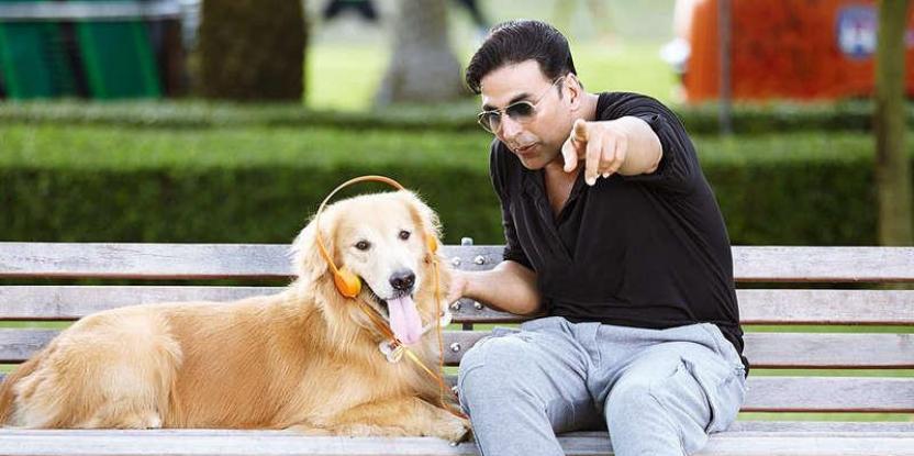 Akshay Kumar Donates 'Entertainment' Clothes