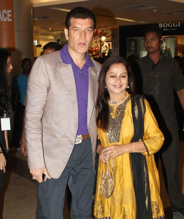 THIS is Why Veteran Actress Zarina Wahab Does Not Celebrate Eid