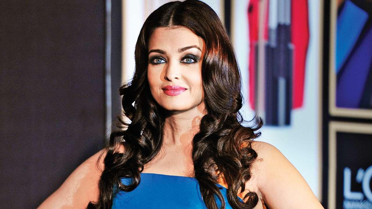 OMG! A 29-Year Old Man Claims That Aishwarya Rai Bachchan is His Mother!