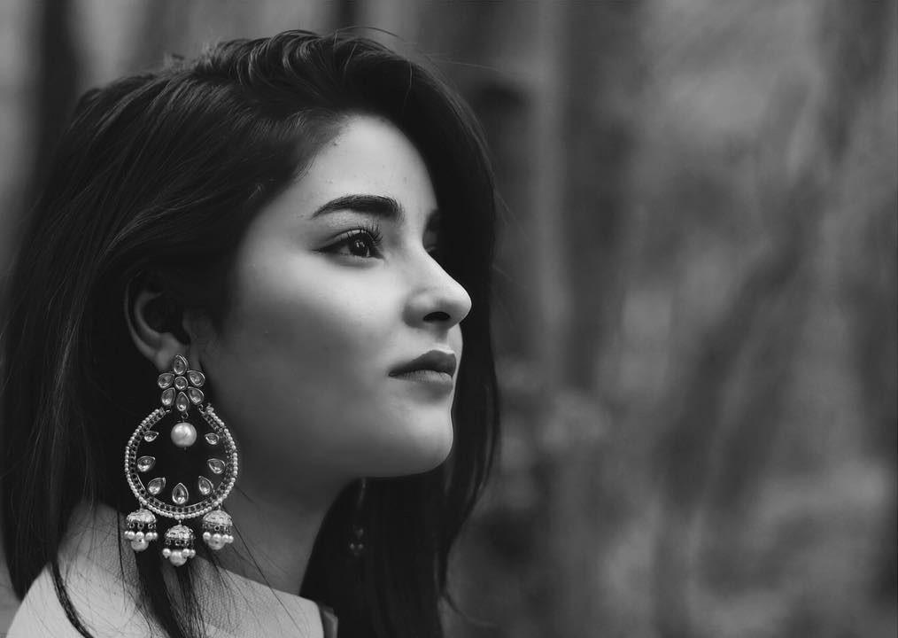Zaira Wasim: Social Media Reacts to Dangal Actress Quitting Bollywood