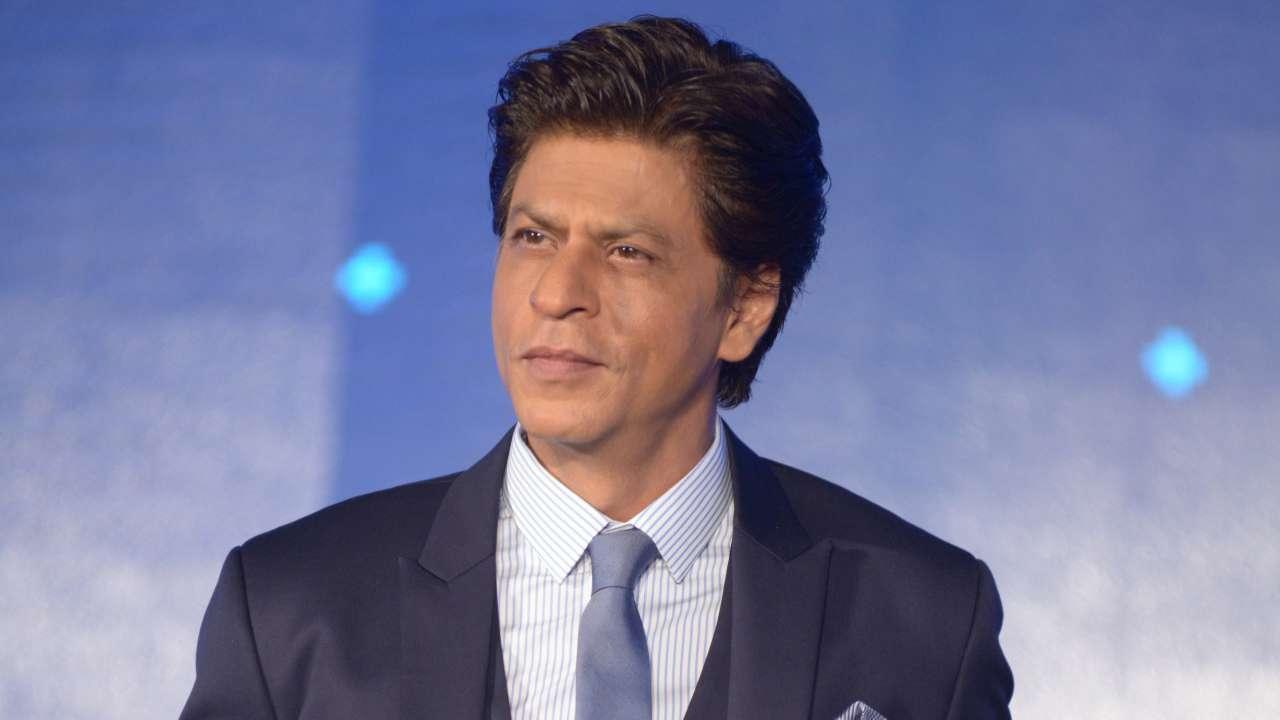 Shah Rukh Khan May Be Seen Next in a Cameo in Tamil Film Bigil, Starring Thalapathy Vijay