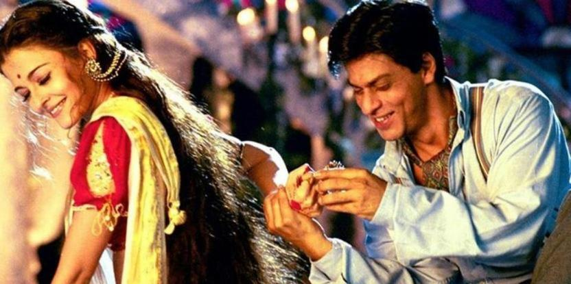 Shah Rukh Khan Credits Devdas Team as the Sanjay Leela Bhansali Classic Completed 17 Years in Indian Cinema