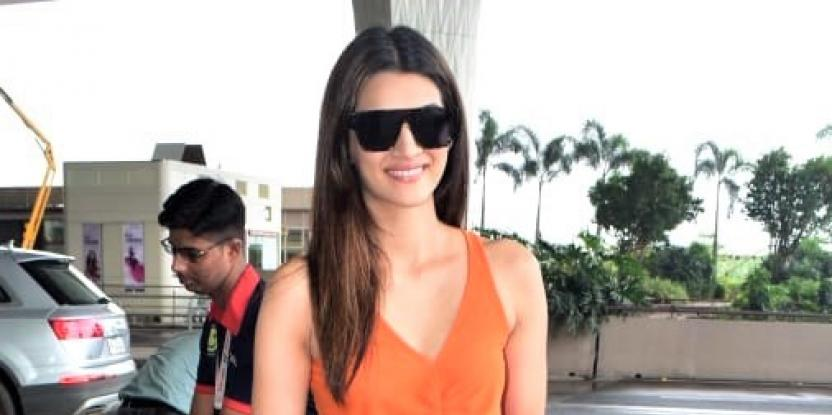 Kriti Sanon Wants to Play a Glamorous Role and Shoot a Film Abroad