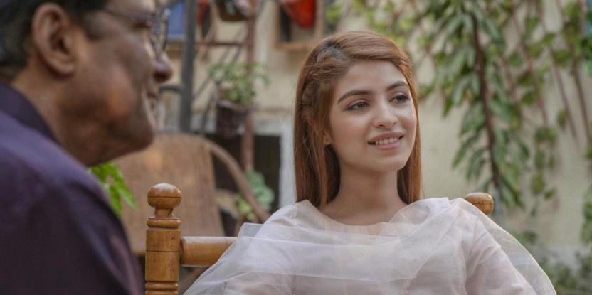 Saboor Aly's Gul in Gul O Gulzar Watches Her World Fall Apart and Falls Back Into Old Habits