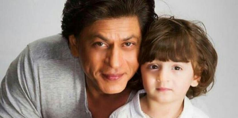 Shah Rukh Khan and AbRam are Having the Time of their Lives in this Unseen Video