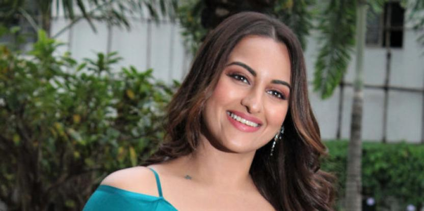 "Sonakshi Sinha Says Her 9 Years Long Bollywood Journey ""Feels Like Just Began Yesterday"""