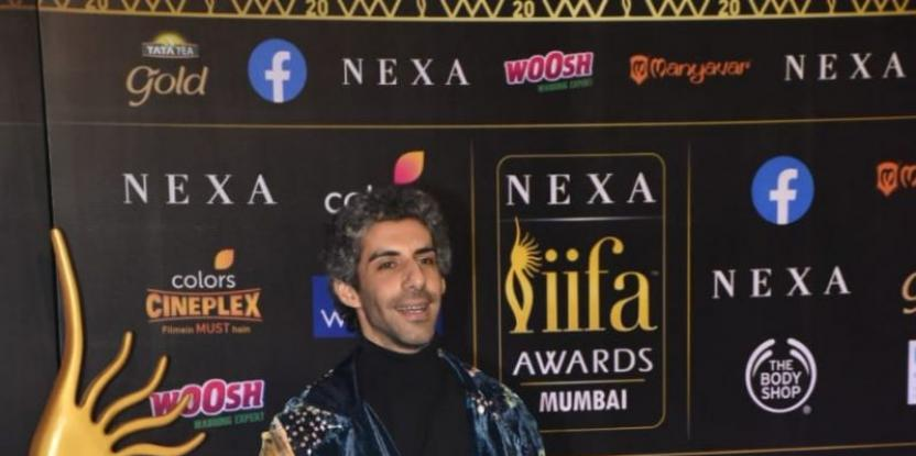 Jim Sarbh's Fans Cannot Help Being Cheesy Over His IIFA 2019 Look