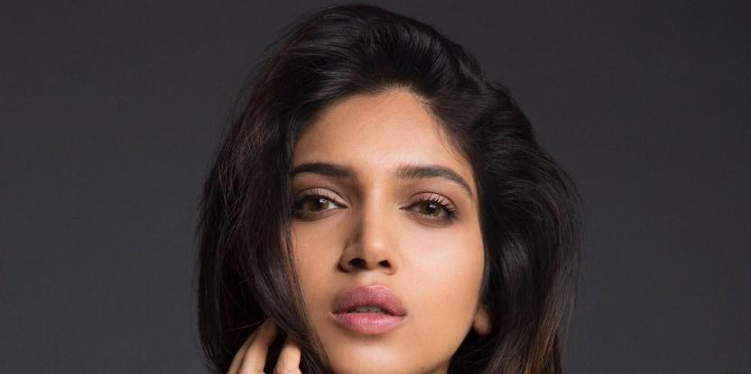 Bhumi Pednekar shares a photo with real-life Chandro Tomar on the sets of 'Saand Ki Aankh'