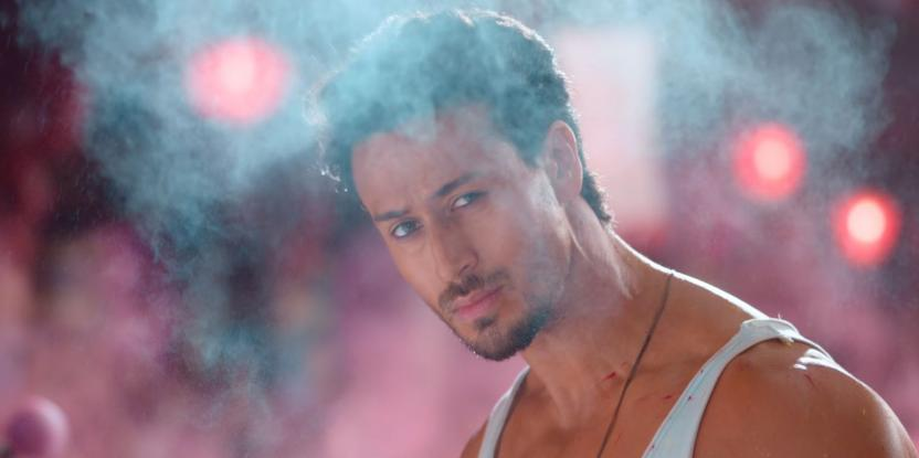 War Box Office Collection Day 19: Hrithik Roshan and Tiger Shroff's Film Earns More than INR 300 Crore