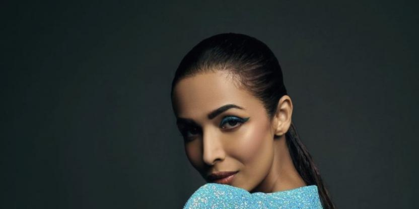 Malaika Arora Shows Off Her Toned Midriff In Latest Pics!