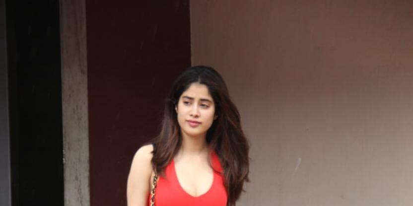 Janhvi Kapoor Heads to the Gym Clad in Denim Shorts and Quirky Tee