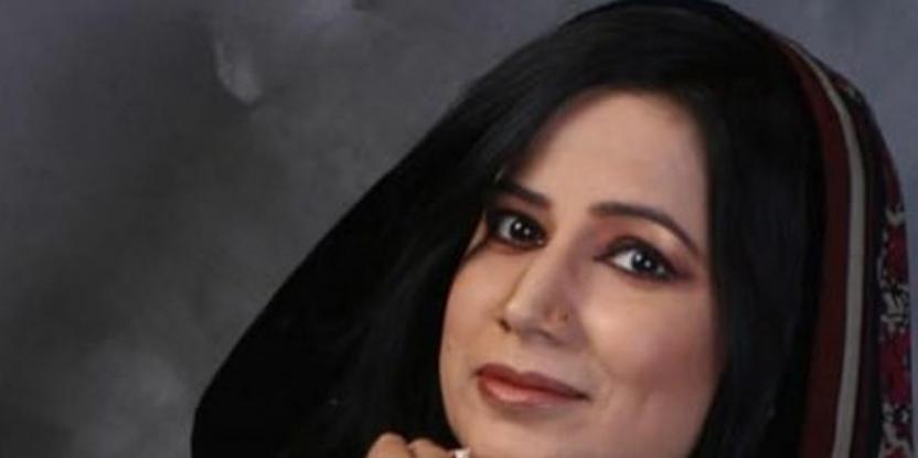 Farhat Ishtiaq Takes a Dig at the Hypocrisy in Pakistani Dramas and Society