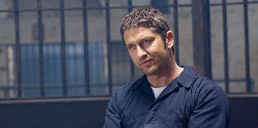 Gerard Butler Rings In the New Year in India: Check Out the Pictures Here
