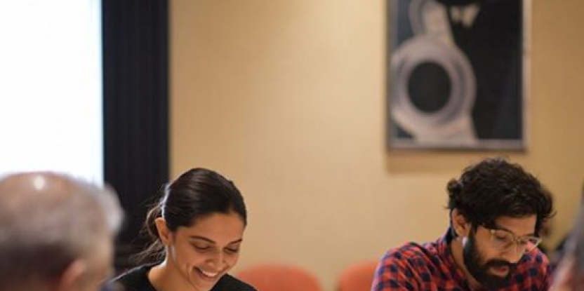 Deepika Padukone's Chhapaak Co-star Vikrant Massey Shares His Experience of Working With the Actress