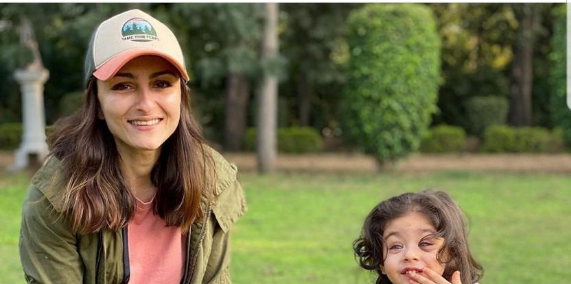 Soha Ali Khan Takes Daughter Inaaya to Nawab Pataudi's Grave