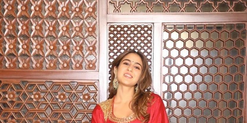 Sara Ali Khan Dances Her Heart Out on Badtameez Dil