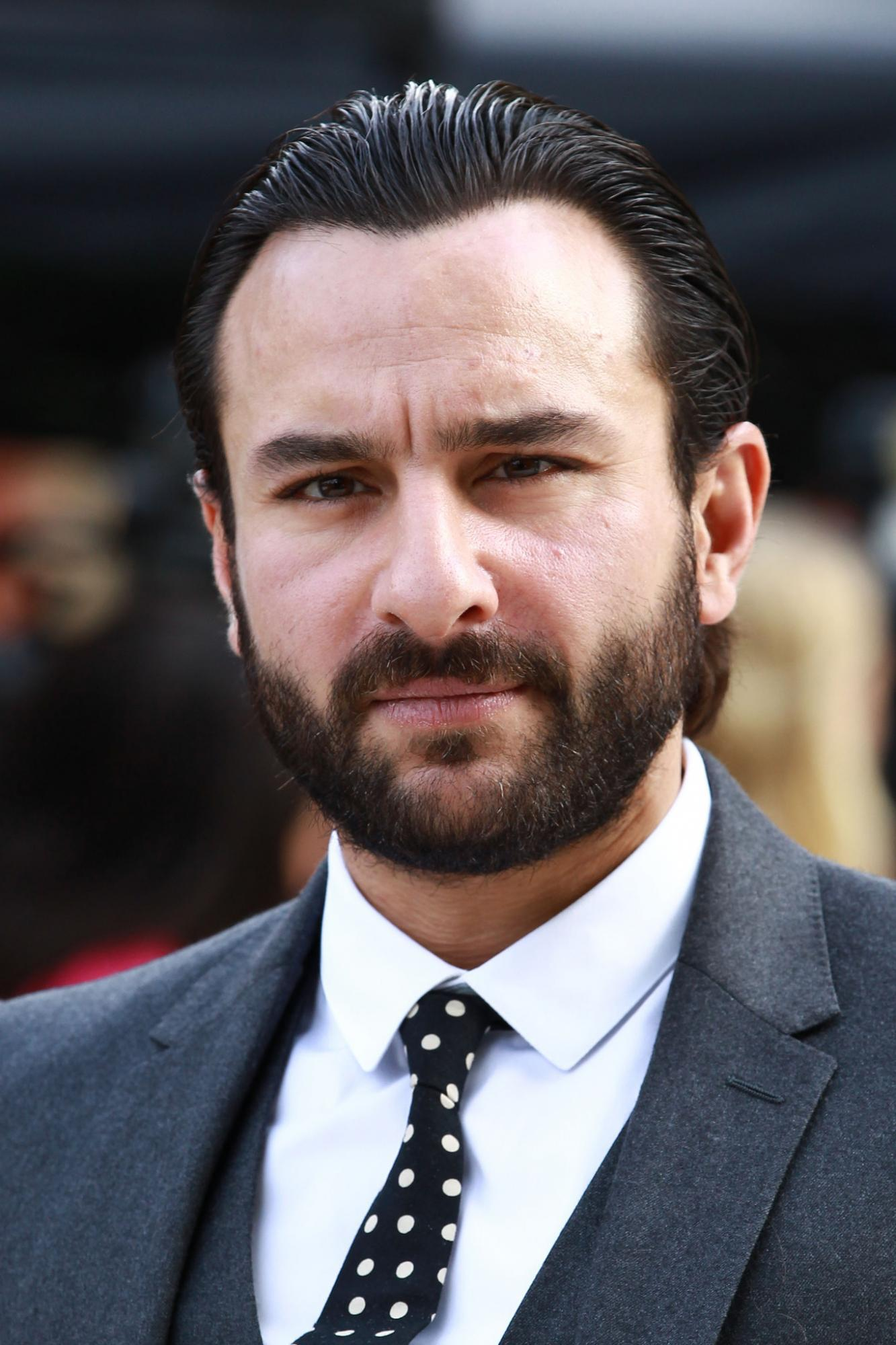 Saif Ali Khan regrets turning down naked scene in Omkara