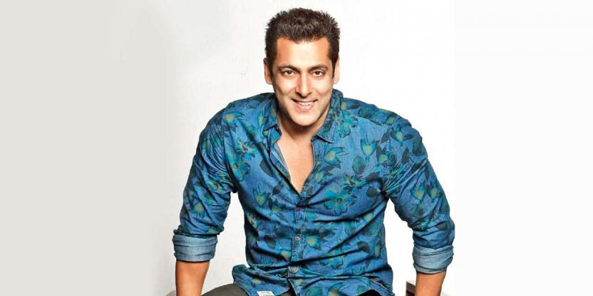 When Salman Khan BURNT His Father's Salary – Blast From the Past