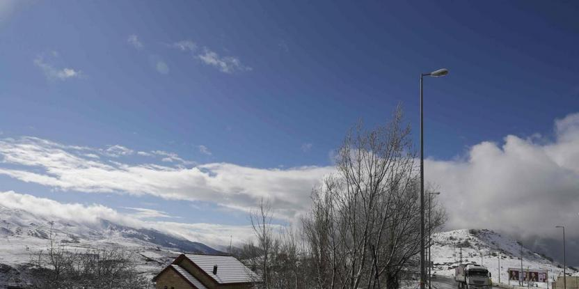 Saudi Arabia's Winter: Kingdom Receives Snowfall Over the Weekend