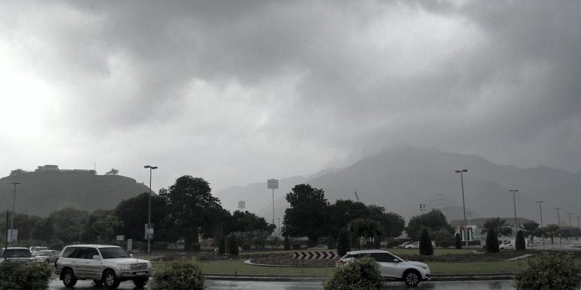 UAE Rain: Drivers Face Traffic Congestion Due to Waterlogging and Accidents