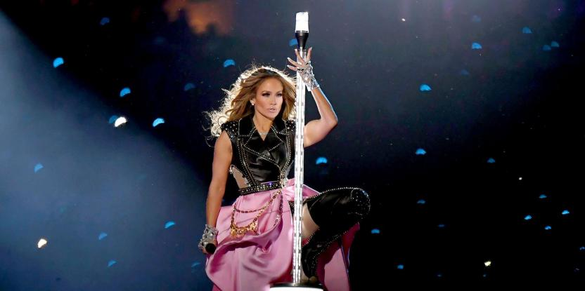Jennifer Lopez Is Swaying Women Into Pole Dancing As Fitness Routine