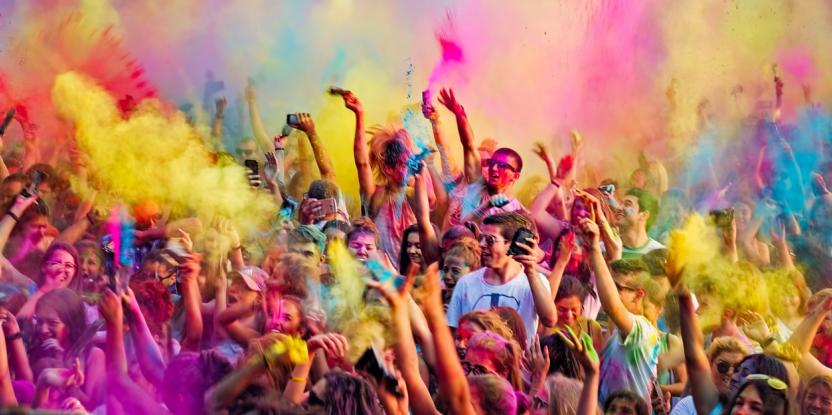 Holi 2020 Celebrations in Dubai: Here are the Events that Have Been Cancelled and Postponed
