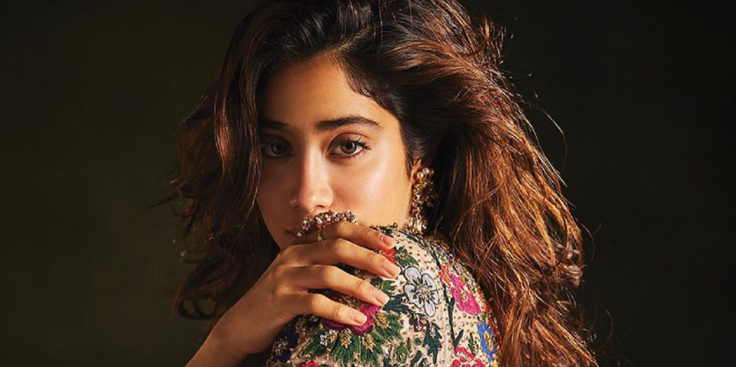 Kareena Kapoor and Janhvi Kapoor Wear Stripes In All The Right Directions