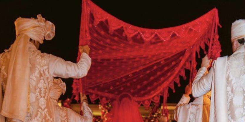 Bollywood stars celebrate the annual ceremony of Raksha Bandhan