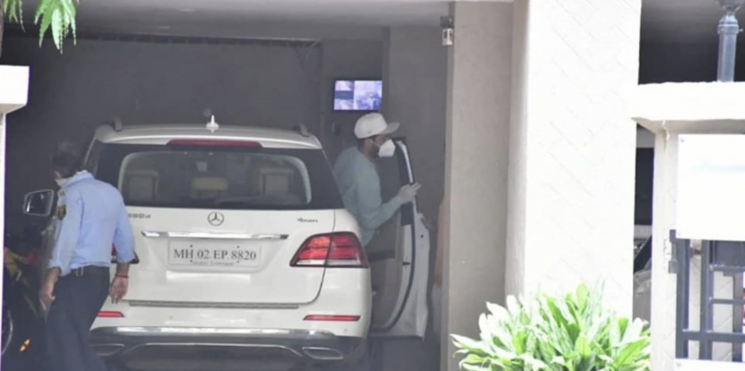 Vicky Kaushal photographed visiting Katrina Kaif's house after dating rumours